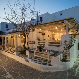 M-eating – Mykonos Town